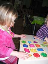 Matching shapes puzzle